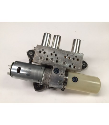 Alfa Romeo 939 Spider Customers Own Recon Roof Motor and Pump 2007-2011